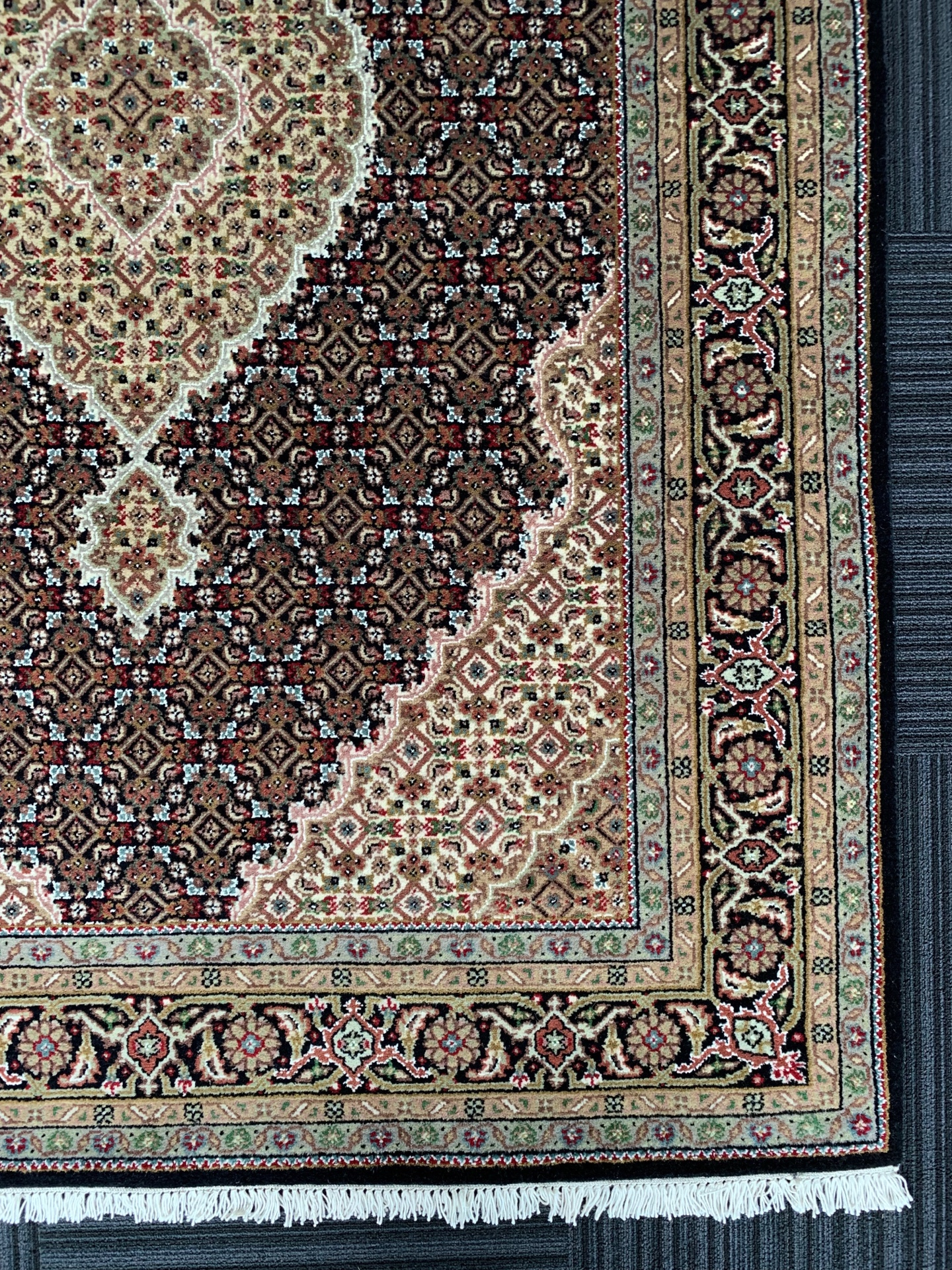 IM0068 インドマヒ 手織り 140×201