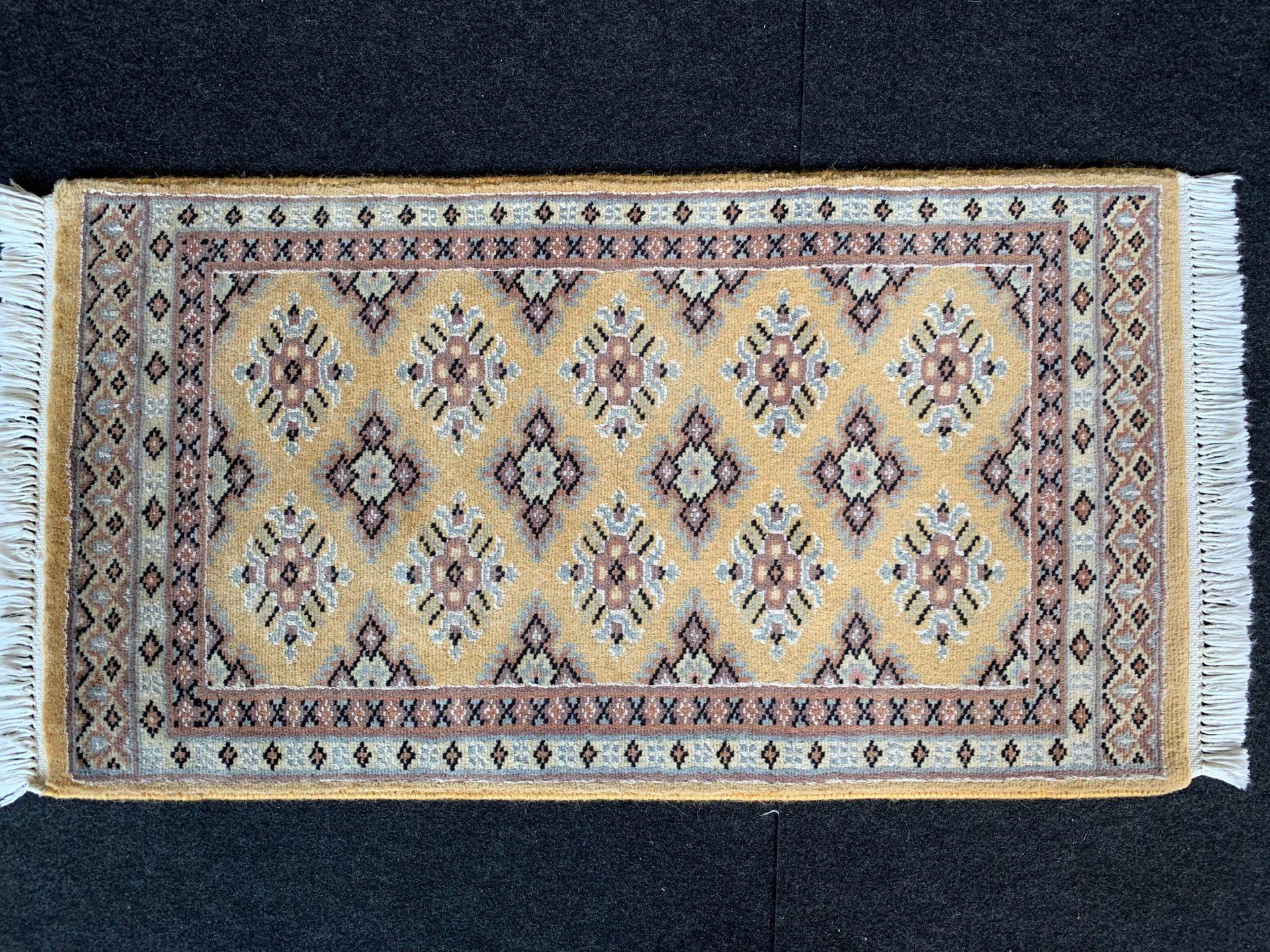 JA7987 パキスタン 手織り 44×83