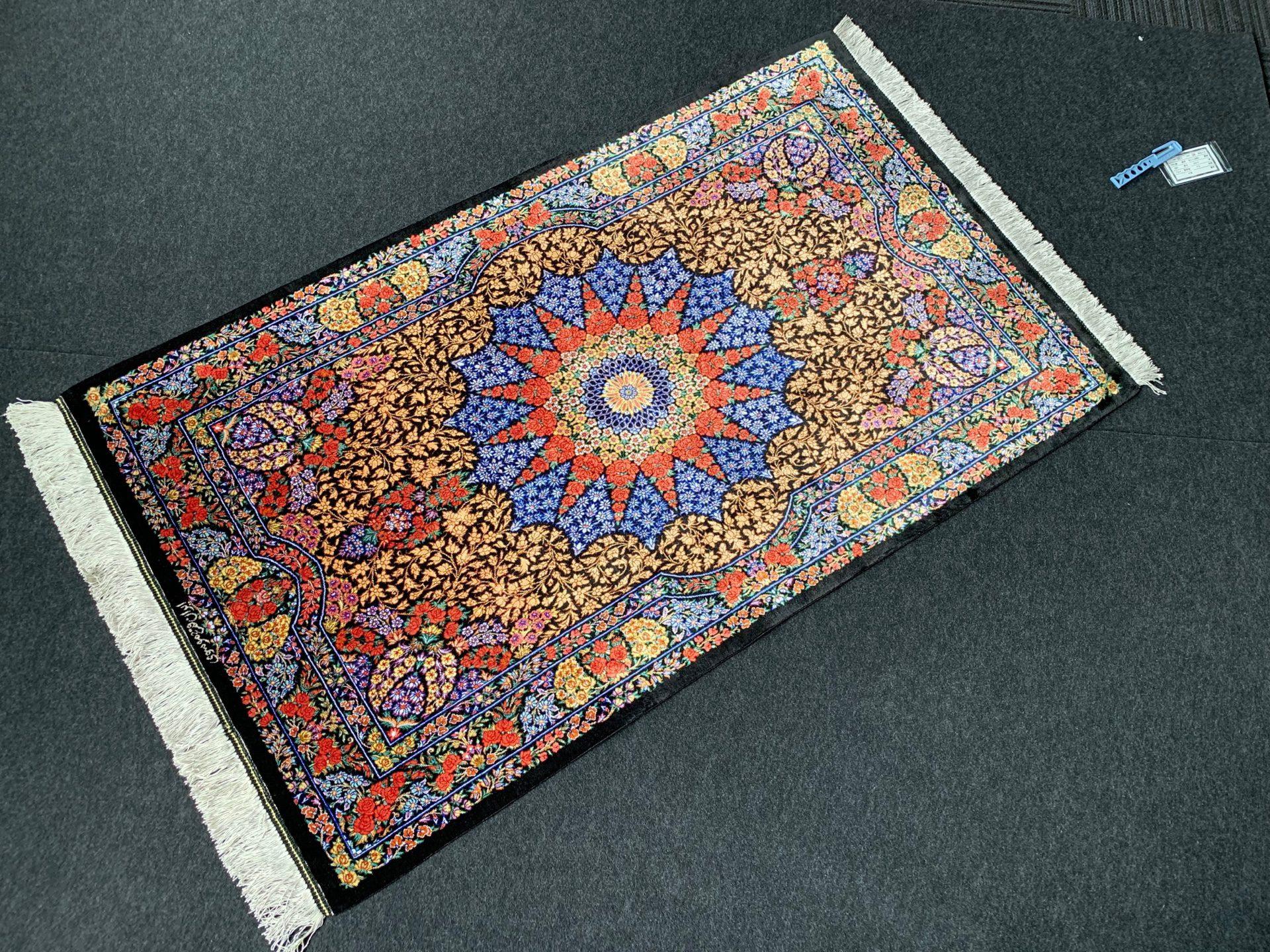 QM11116 クム 手織り 80×130 シルク