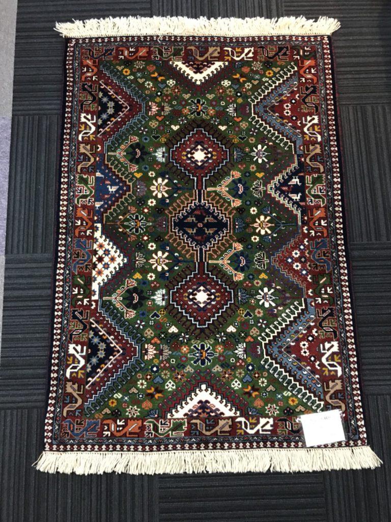 ペルシャ絨毯ヤラメ